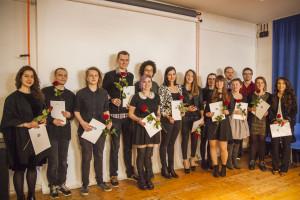 Stolze Diplomanden der Werkkunstschule