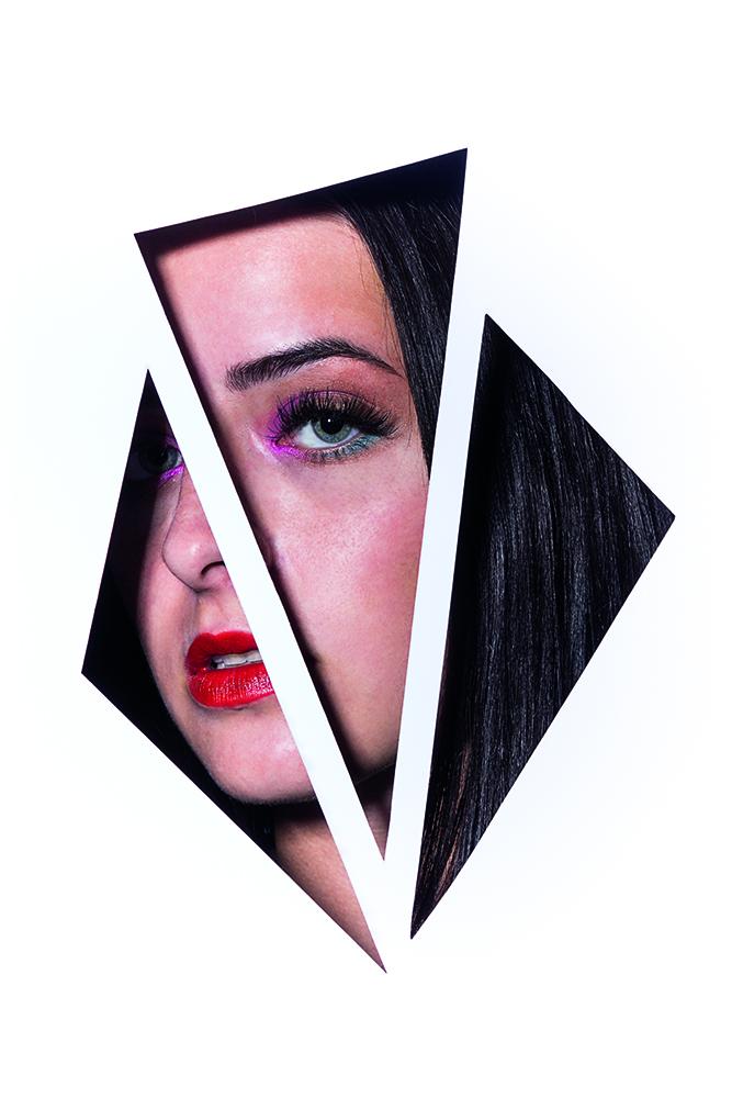 Jelena - Beauty Shot. Durch Cut Outs zeigen sich nur Partien des Gesichts. Der graphische Ausschnitt des Schülerportraits wird durch den Beautylook zu einer ästetischen Komposition.